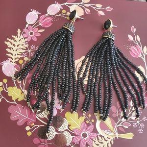 Jewelry - Tassel beaded Earrings 🖤